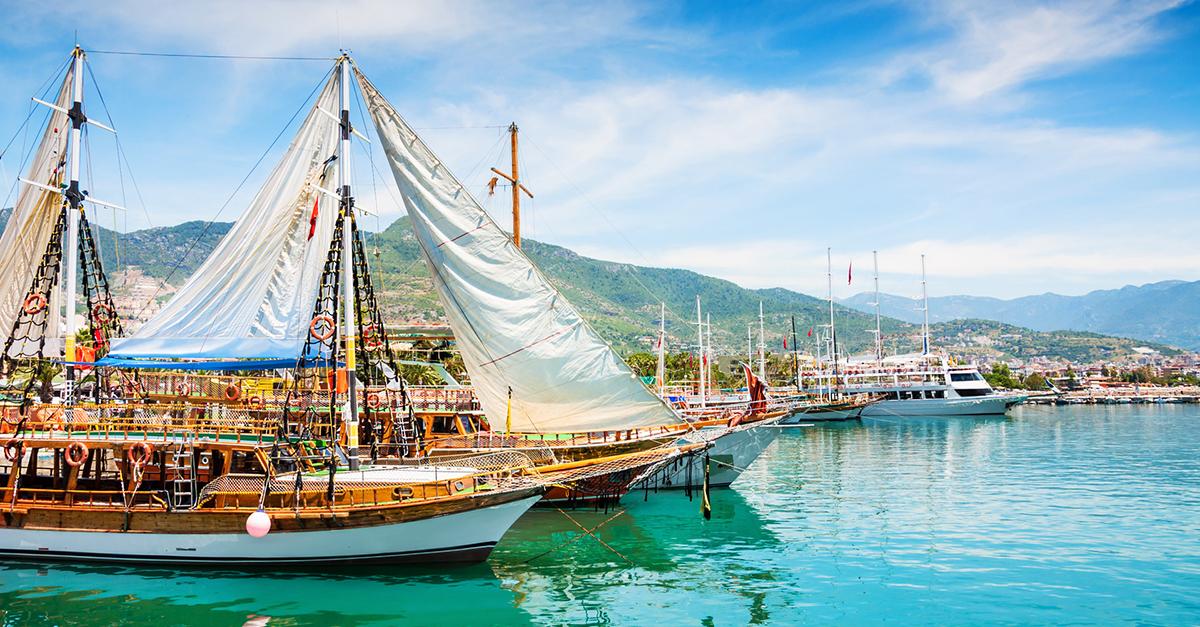 Alanya'da Tekne Turu ve Tüplü Dalış Deneyimi