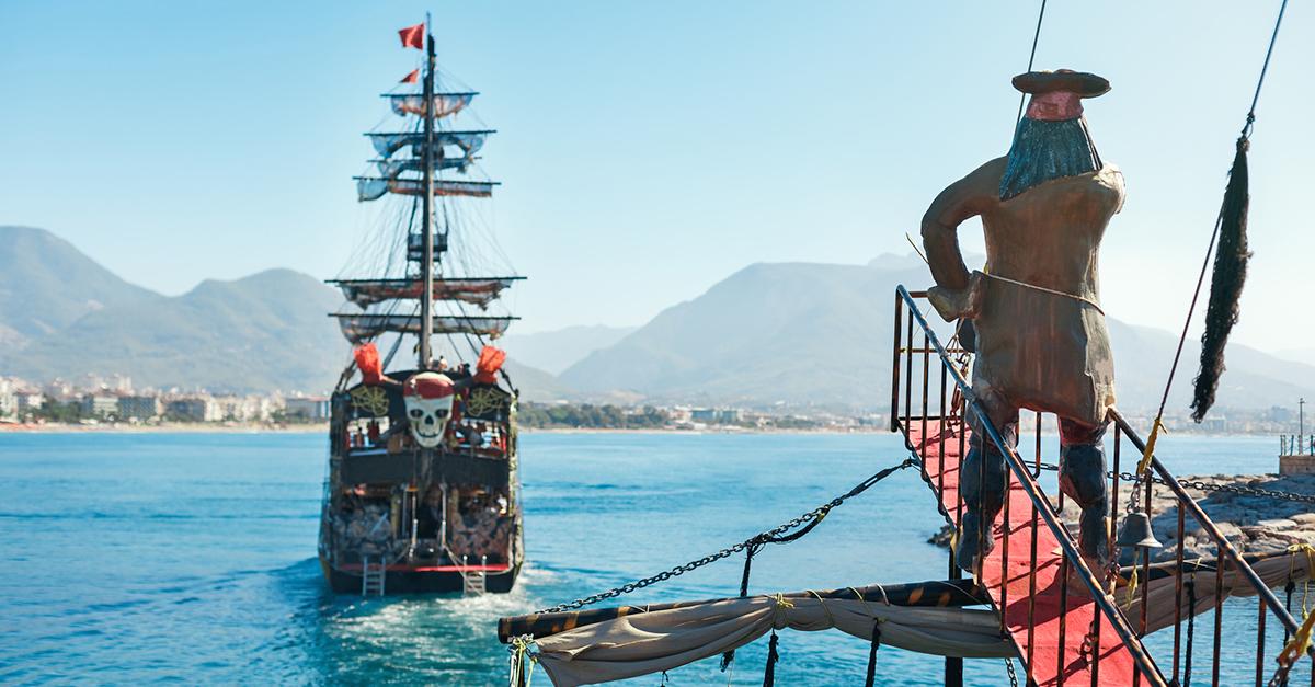 Enfes Türk Yemekleri ile Alanya Korsan Gemisi Turu