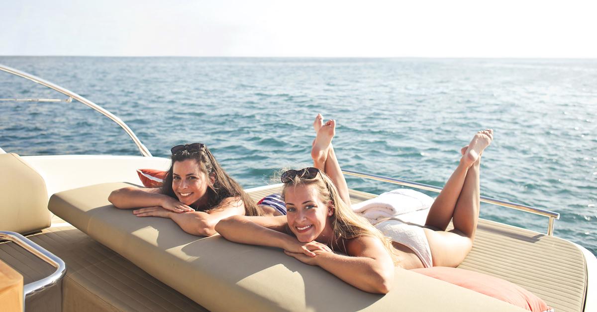 Akdeniz'de Muhteşem Bir Tekne Turu Yapın