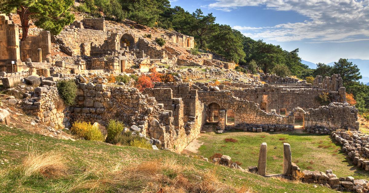 Arykanda Antik Kentinde Tarihe Doyun