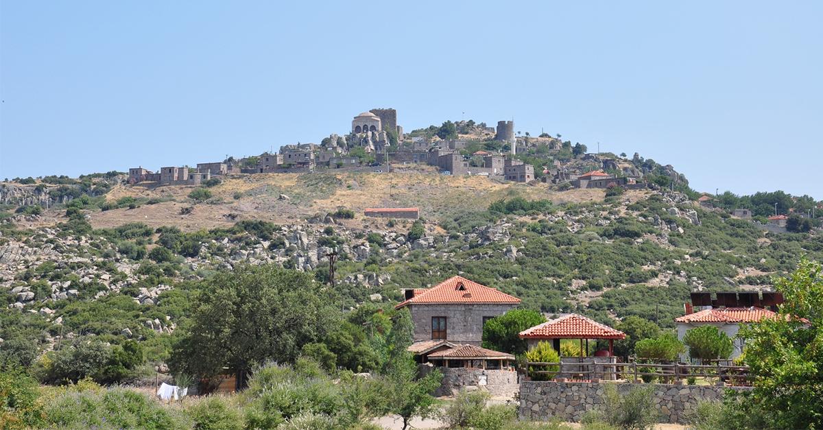 Behramkale Köyü'nü gezin