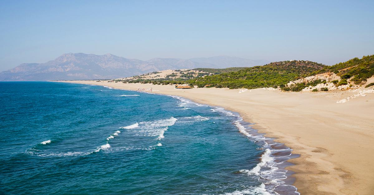 Bölgenin Dünyaca Ünlü Plajlarından Birinde Yüzün