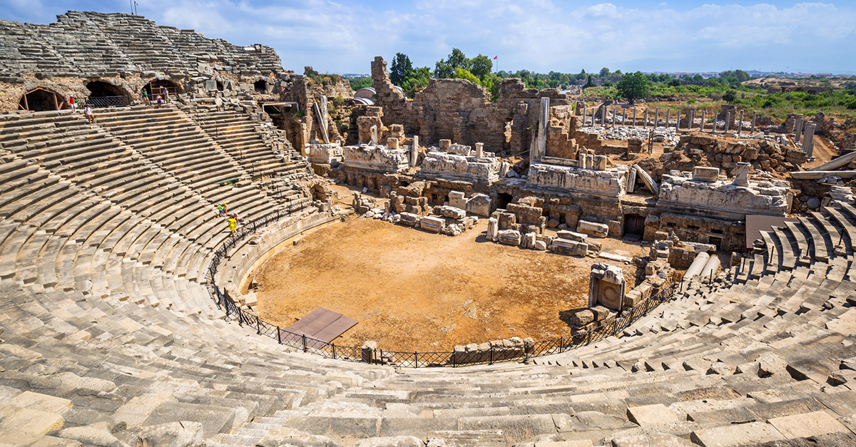 Efsanevi Side Antik Tiyatrosu'nu Gezin