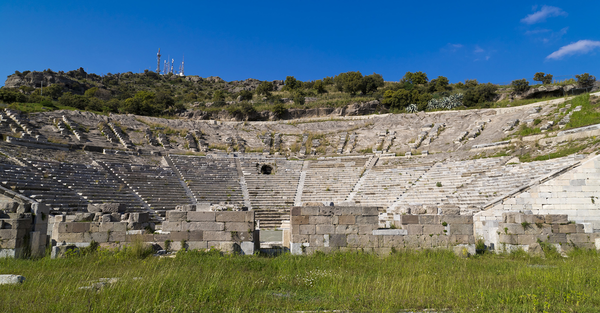Eşsiz Bodrum Antik Tiyatrosu'nu Gezin