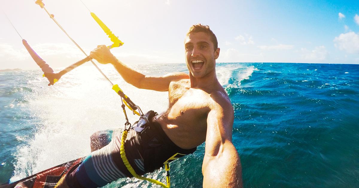 Kalkan Üzerine Yamaç Paraşütü ve Uçurtma Sörfü Yapın