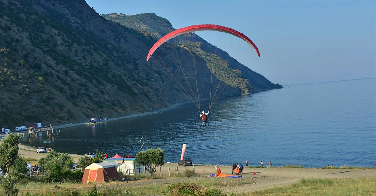 Şarköy Tepelerinde Yamaç Paraşütü Yapın