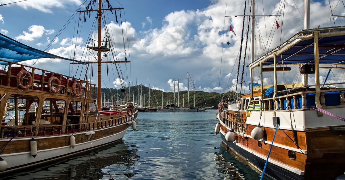 Tekne Gezisi İle Muhteşem Koyları Keşfedin