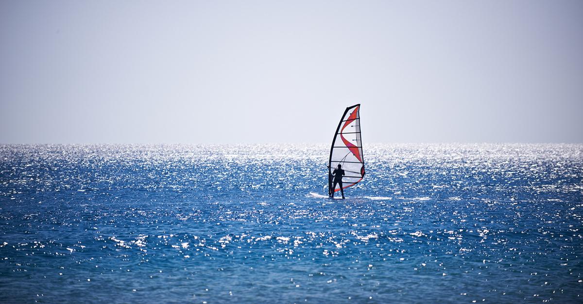 Turgutreis'de Rüzgâr Sörfü Yapın