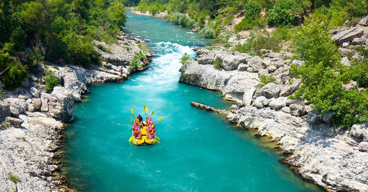 Köprülü Kanyon'da Adrenalin Dolu Bir Rafting Turu